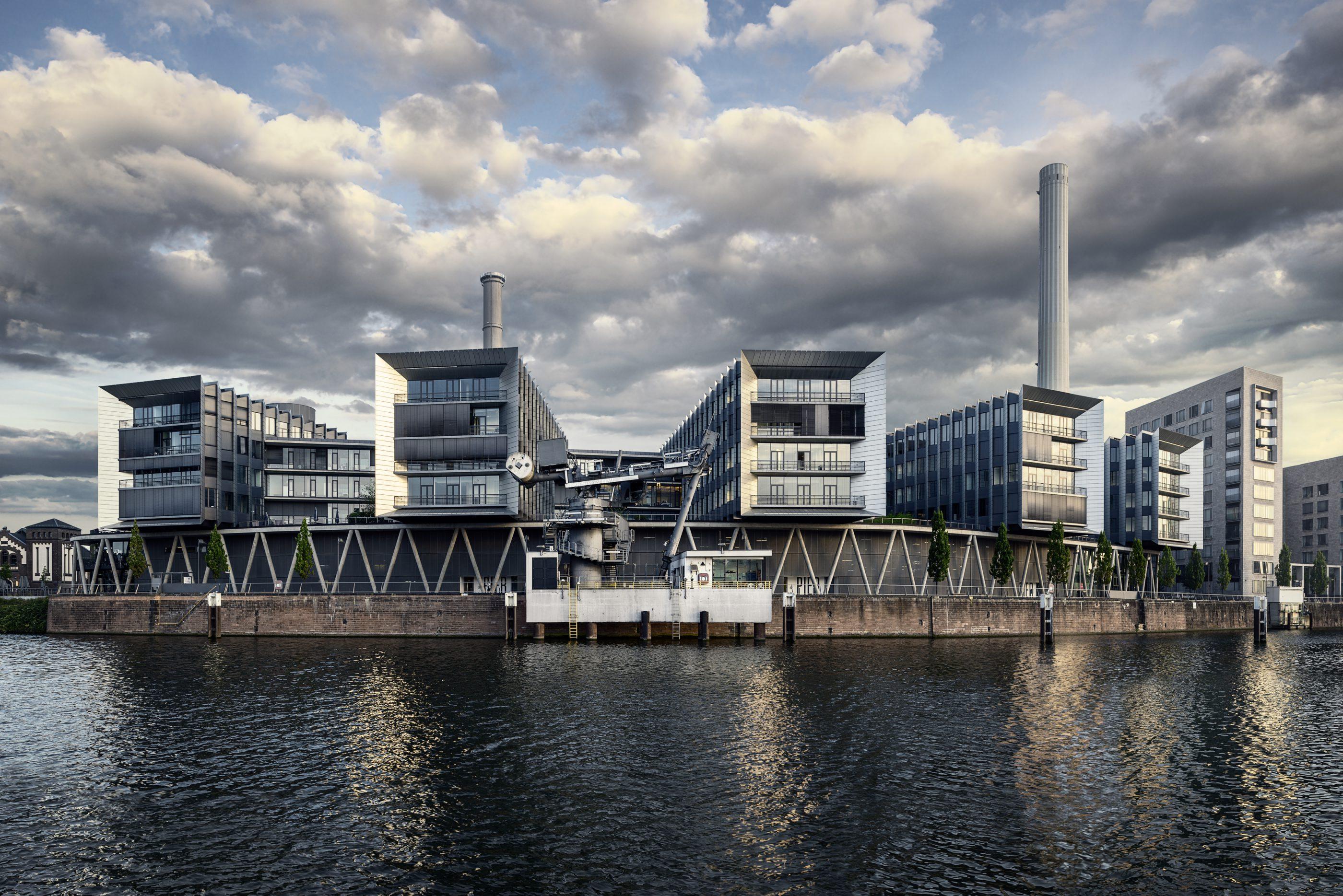 westhafen_pier_exterior01_medium